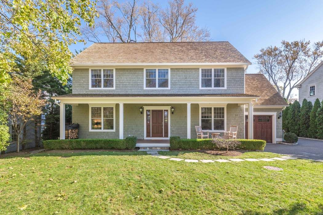 7 Tomac Court Old Greenwich, CT 06870