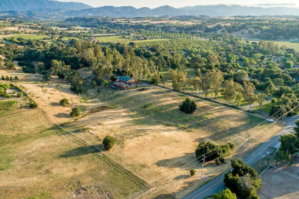 2600 Baseline Avenue Santa Ynez, CA 93460