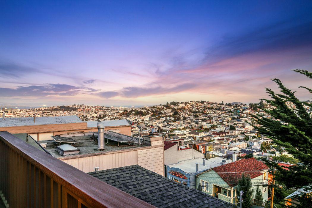 22 Saturn St San Francisco, CA 94114