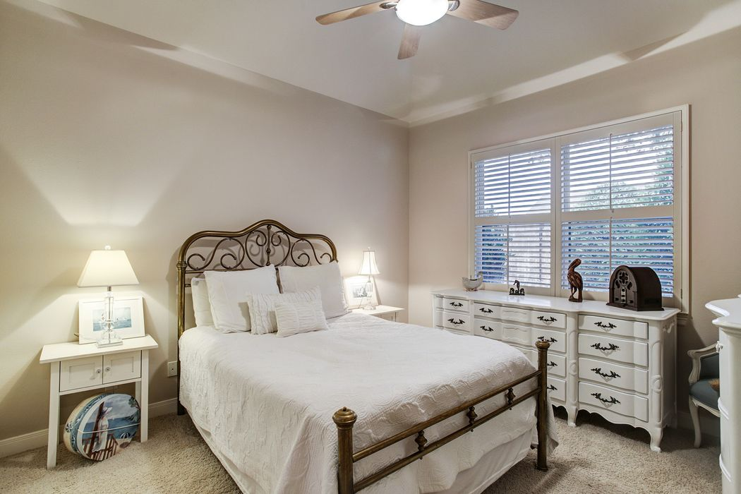 11403 Chaucer Oaks Court Houston, TX 77082