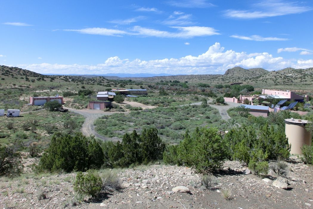 53 Old Coal Road Santa Fe, NM 87010