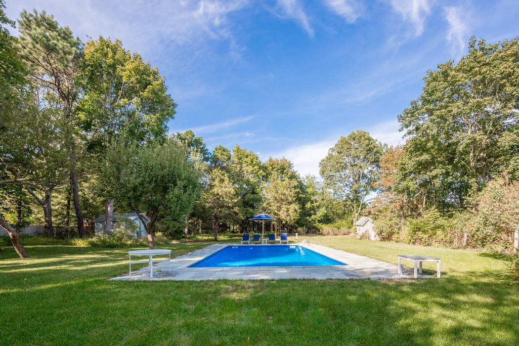 143 Upper Seven Ponds Rd Water Mill, NY 11976