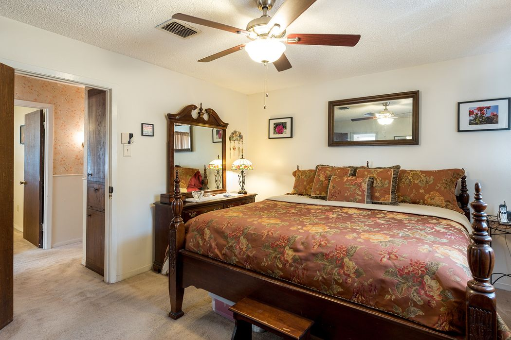 14910 Mcleod Drive Houston, TX 77060