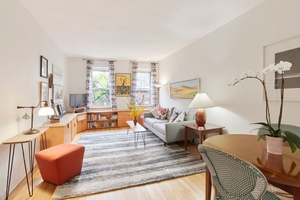 330 East 83rd Street New York, NY 10028