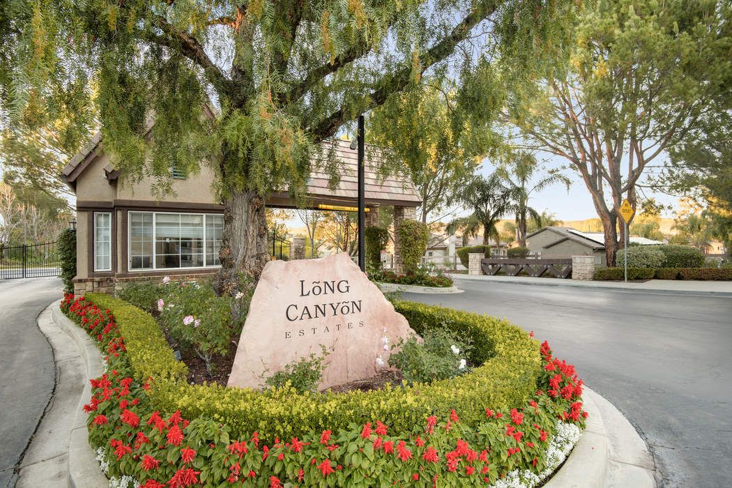 176 Park Hill Road Simi Valley, CA 93065