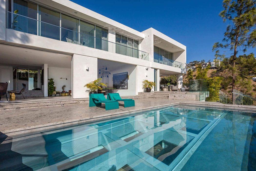 8854 Thrasher Avenue Los Angeles, CA 90069