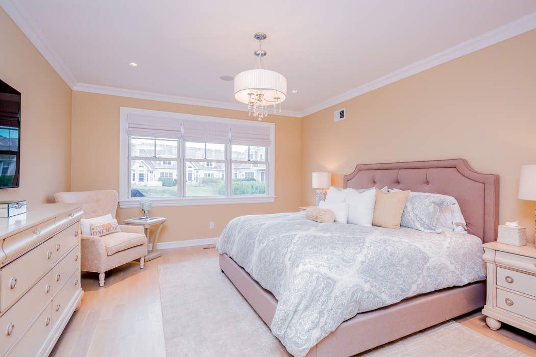 1402 High Pond Lane Southampton, NY 11968