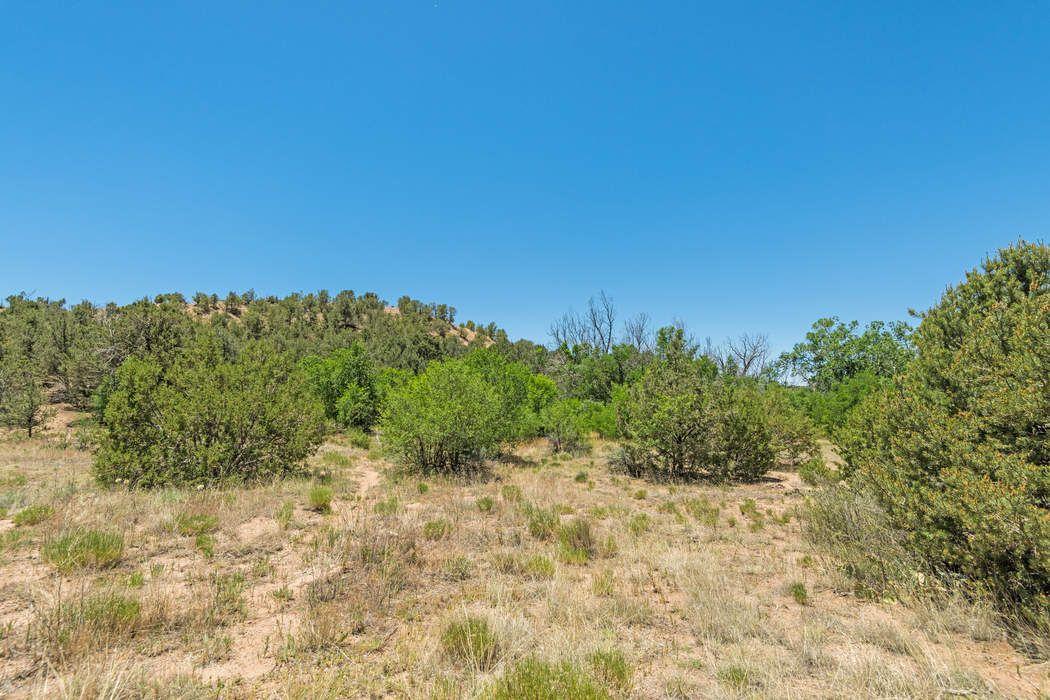 8 Corte Corazon Santa Fe, NM 87506