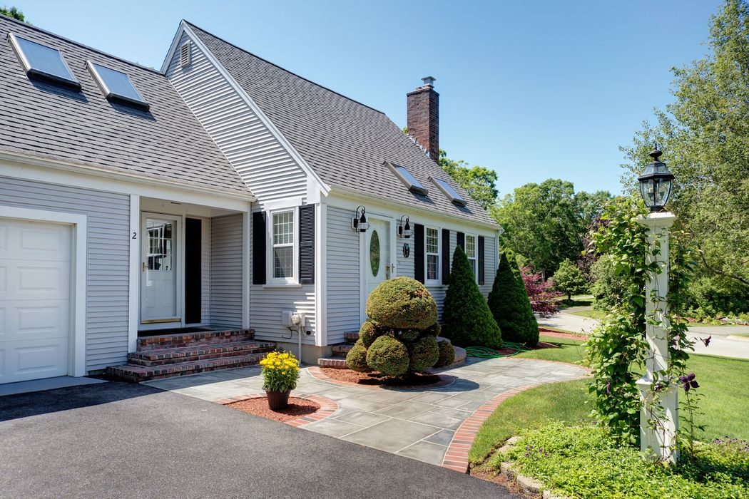 2 Tabor Road Forestdale, MA 02644