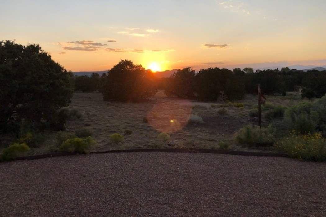 7 Hacienda Court Santa Fe, NM 87506