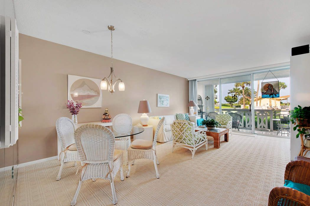 Pied-a-Terre - Direct Intracoastal Views