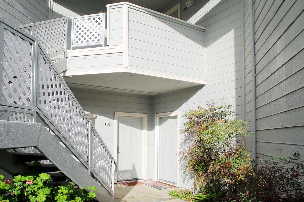 2621 Willowbrook Lane, #107 Aptos, CA 95003