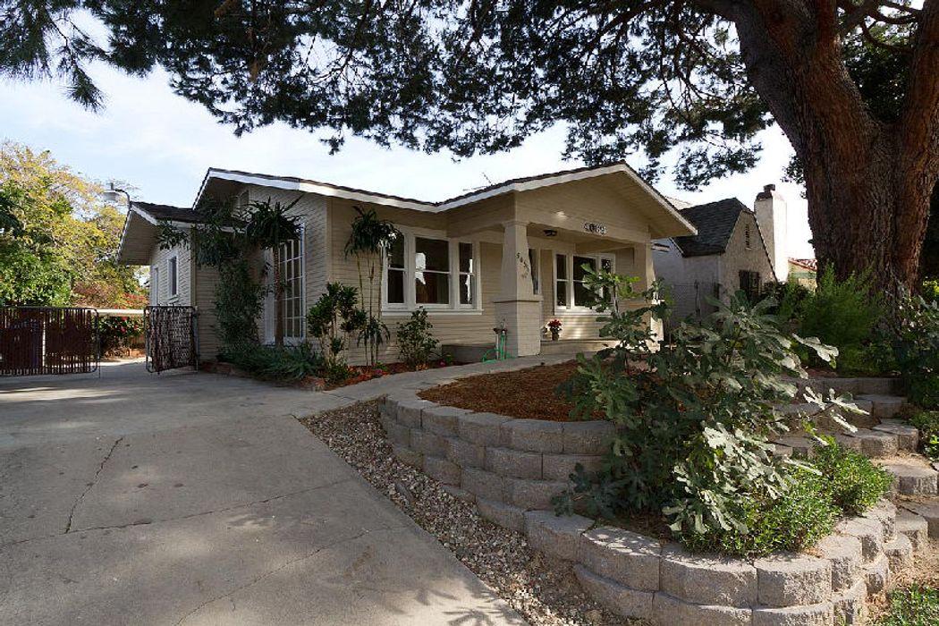 4069 Garden Avenue Los Angeles Ca 90039 Sotheby S