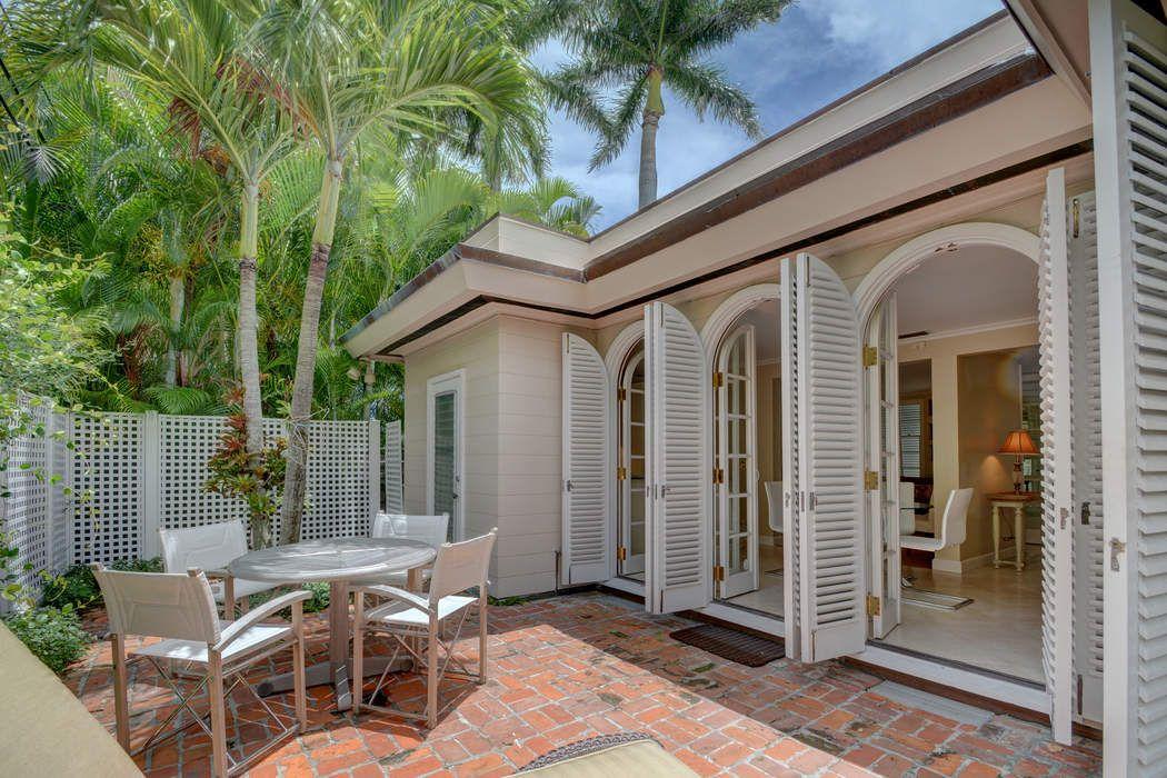 217 Oleander Ave Palm Beach, FL 33480