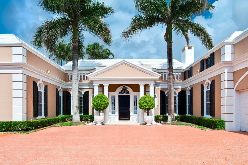 Elegant Lake Front Regency Home Palm Beach Fl 33480