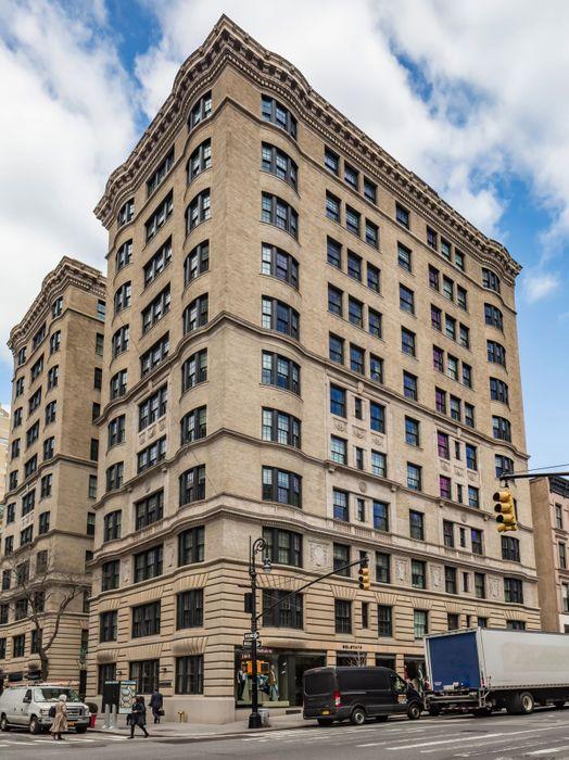 11 East 68th Street New York, NY 10065