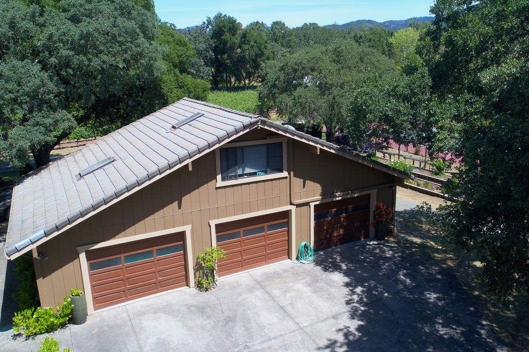 15083 Trestle Glen Sonoma, CA 95476