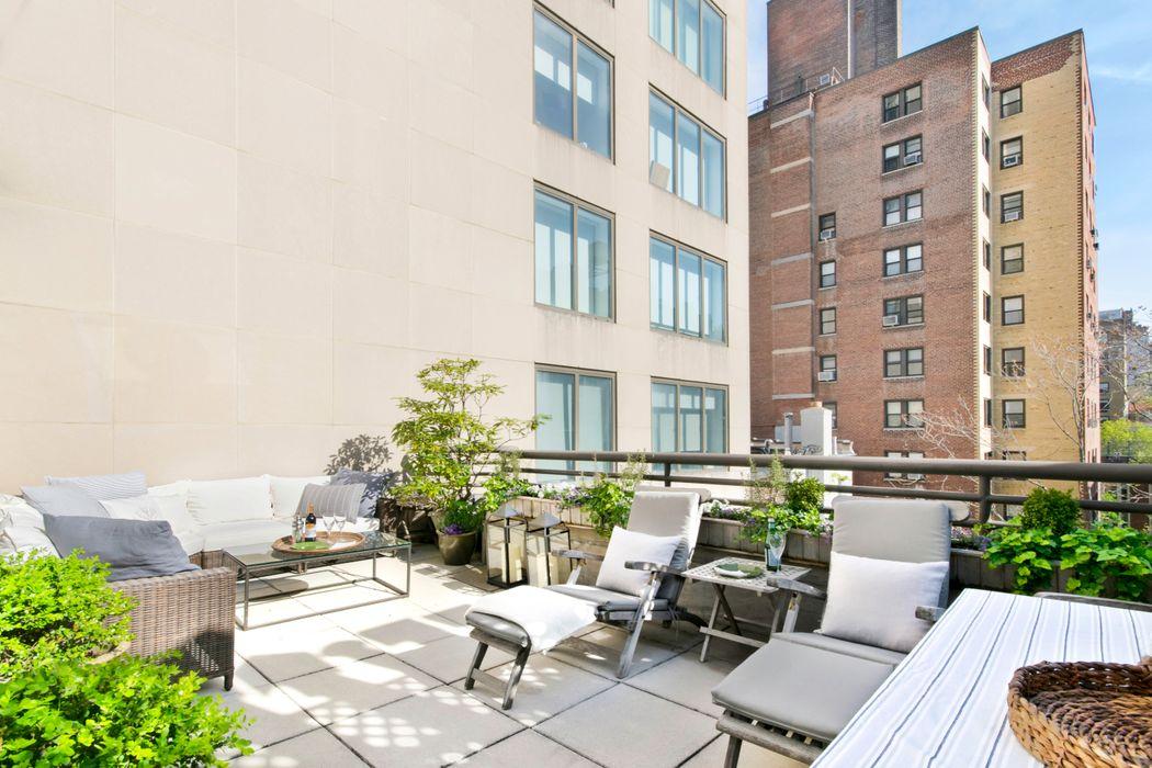 45 East 80th Street New York, NY 10075