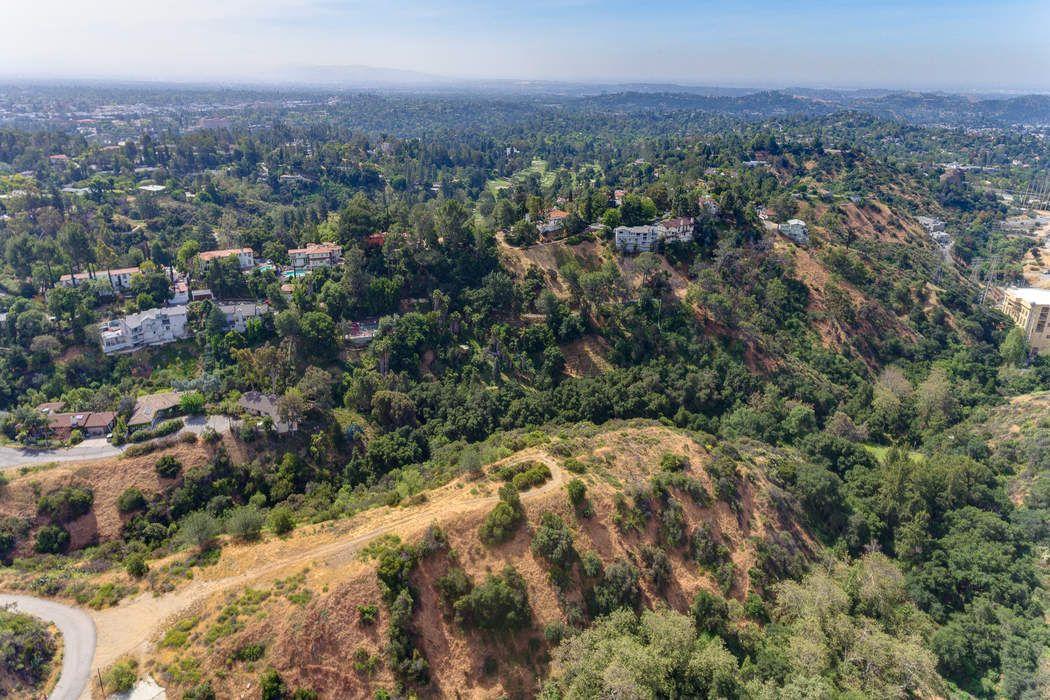 1400 Wierfield Drive Pasadena, CA 91105