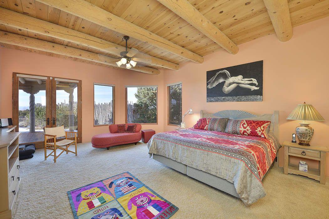 30 Old Pecos Lane Santa Fe, NM 87508