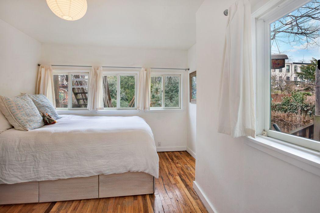453 Warren Street Brooklyn, NY 11217