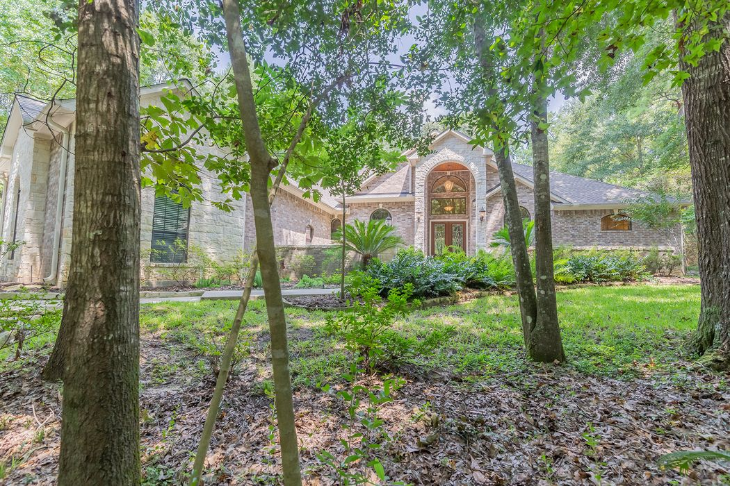 7463 Enchanted Stream Drive