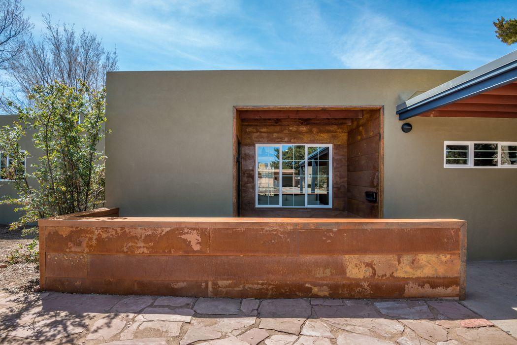 1708 Callejon Veronica Santa Fe, NM 87501