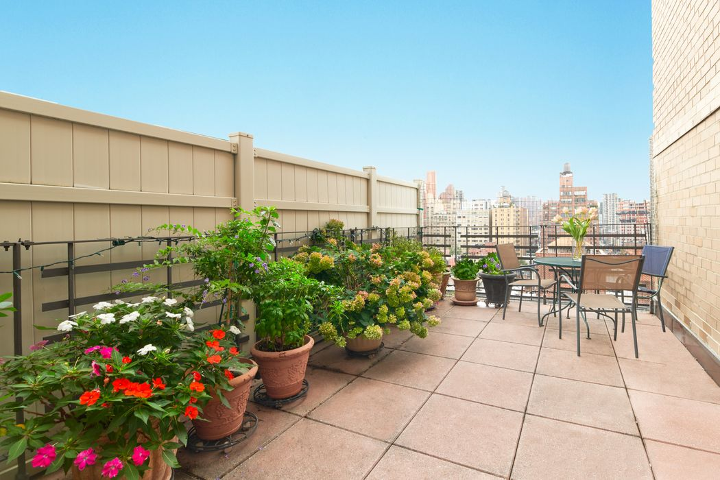240 East 76th Street New York, NY 10021