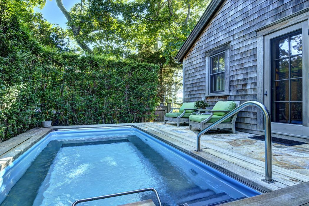 3 Breeze Hill Road East Hampton Ny 11937 Sotheby 39 S International Realty Inc