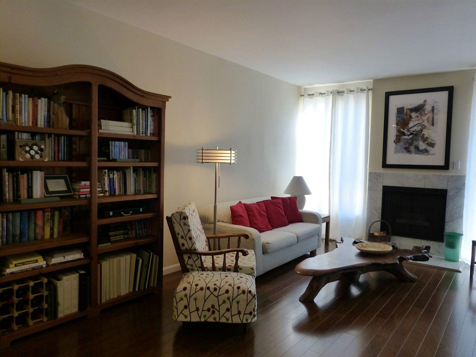 Stylish Upgraded 2-bedroom Condo