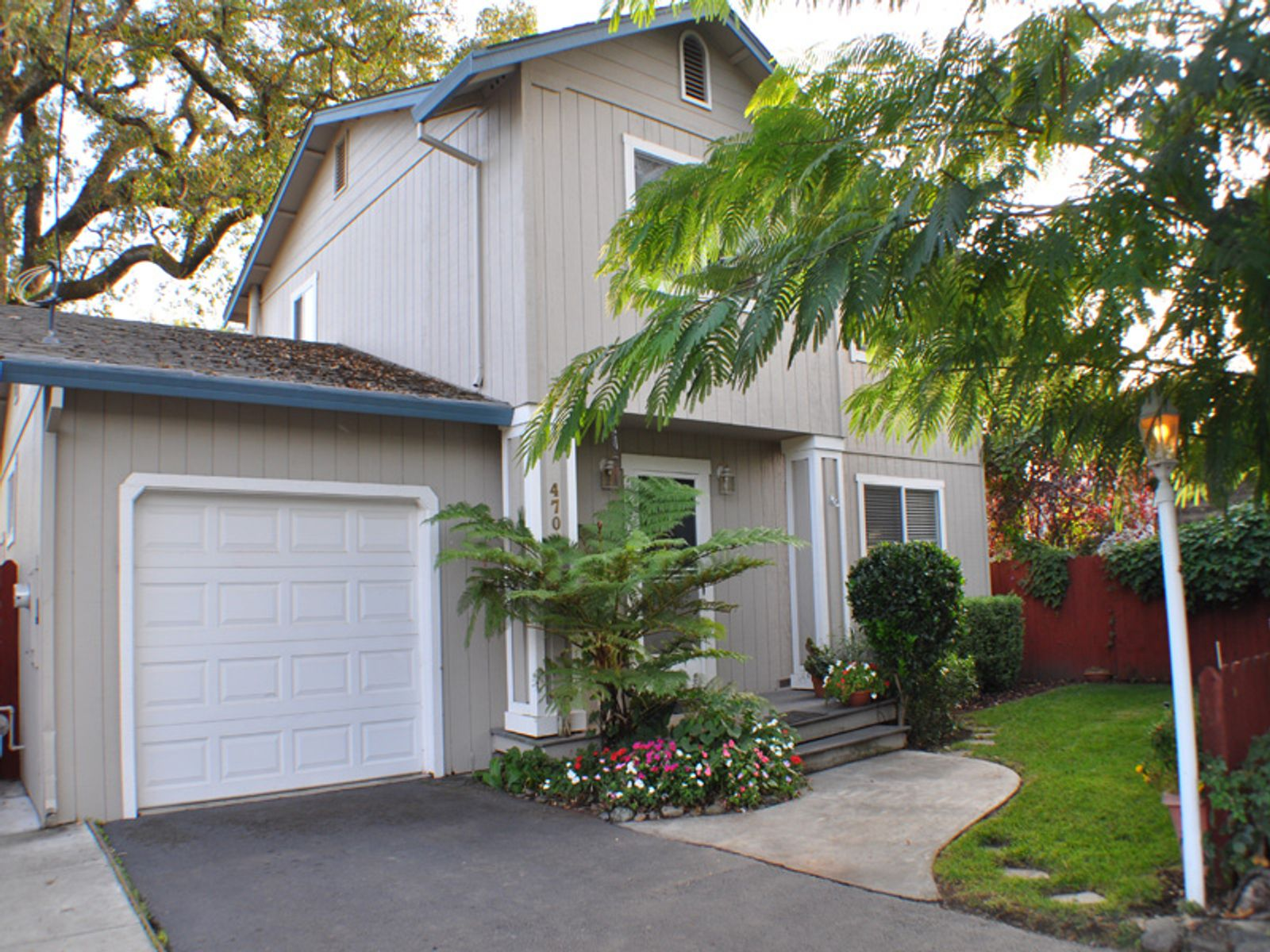 Backyard Privacy, Sonoma CA Single Family Home - Sonoma - Napa Real Estate