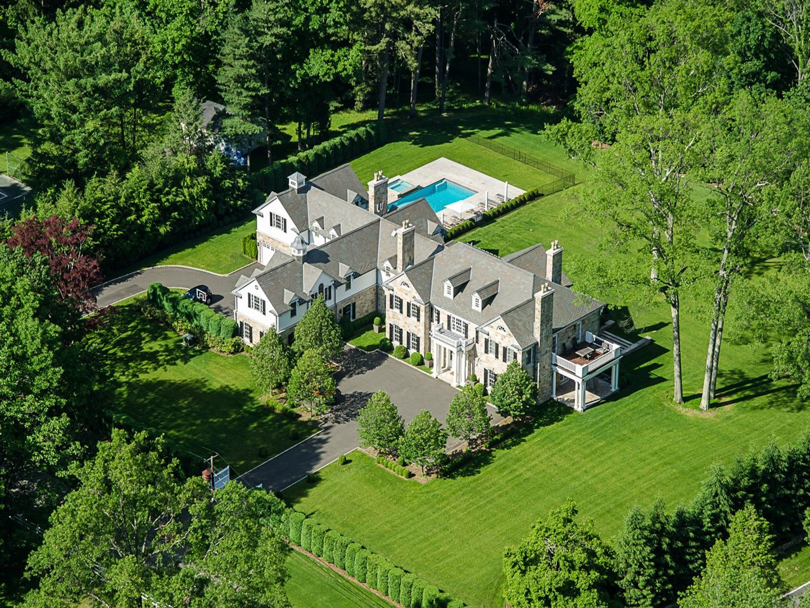 Premiere Location - Important Estate, Greenwich CT Single Family Home - Greenwich Real Estate