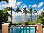Unique+Lakefront+Mediterranean+Villa