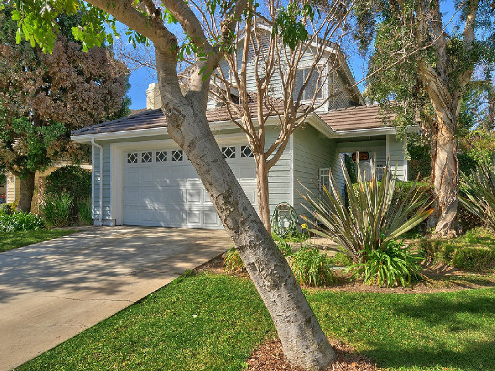 12562 Sunnyglen Drive, Moorpark CA Single Family Home - Los Angeles Real Estate