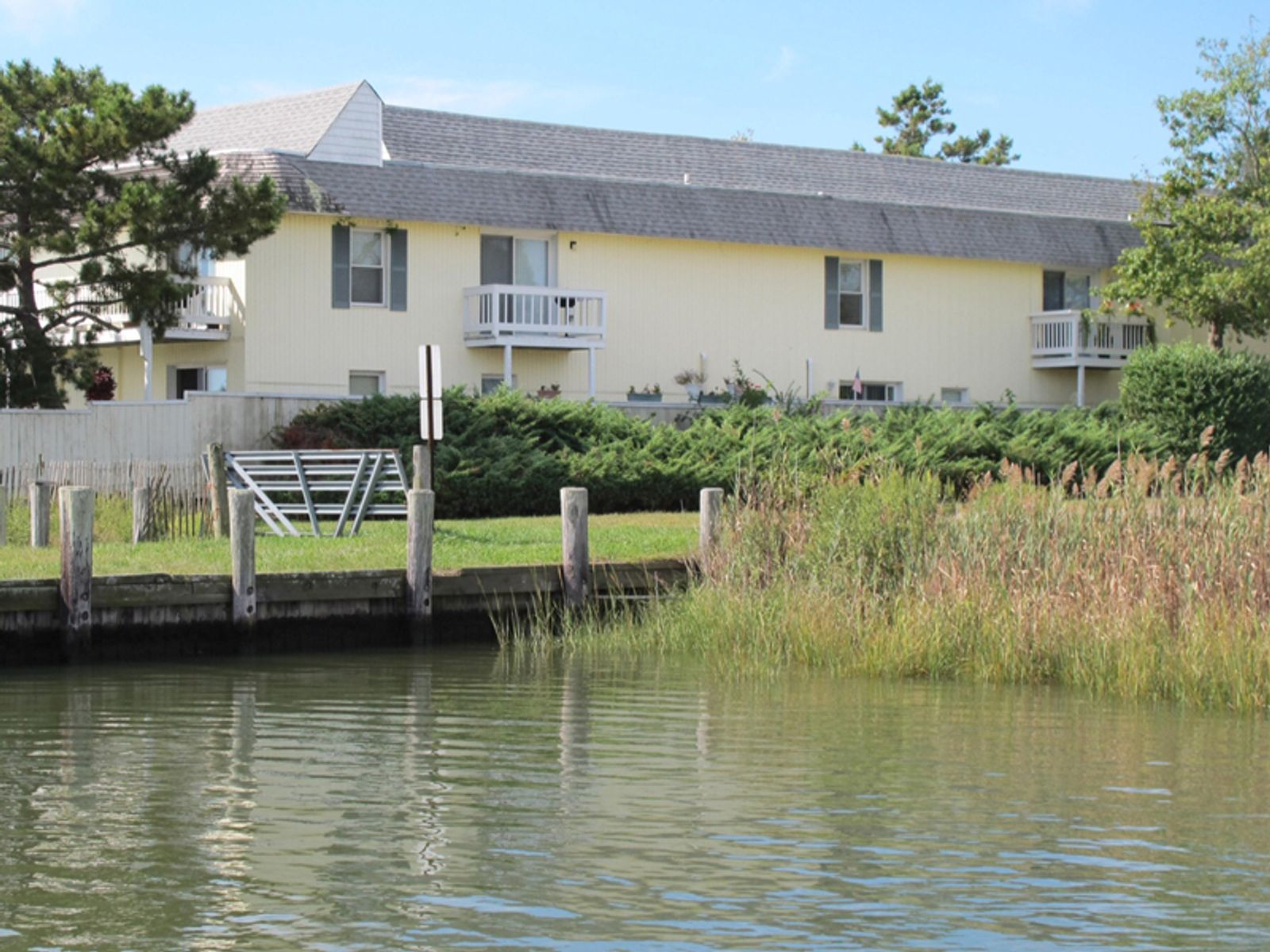 Reduced and Motivated with a Boat Slip, Southampton NY Condominium - Hamptons Real Estate