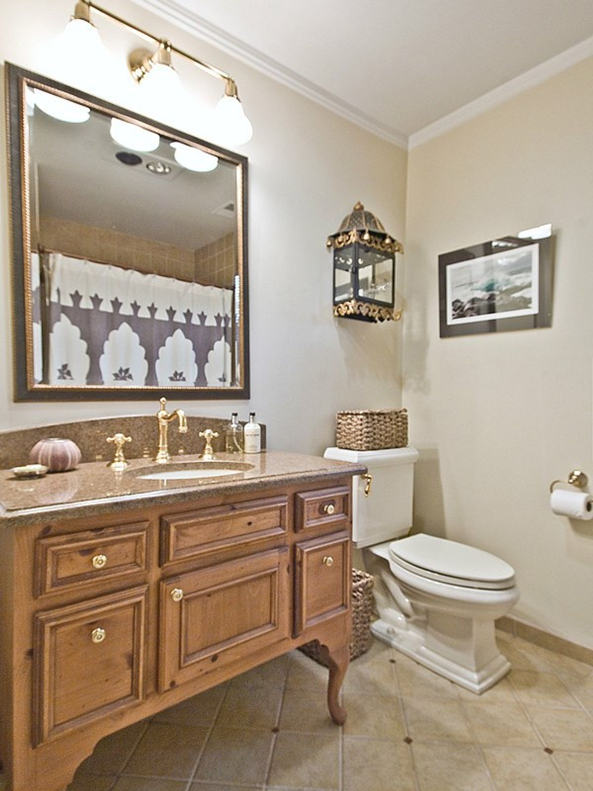 Immaculate One Level Townhouse