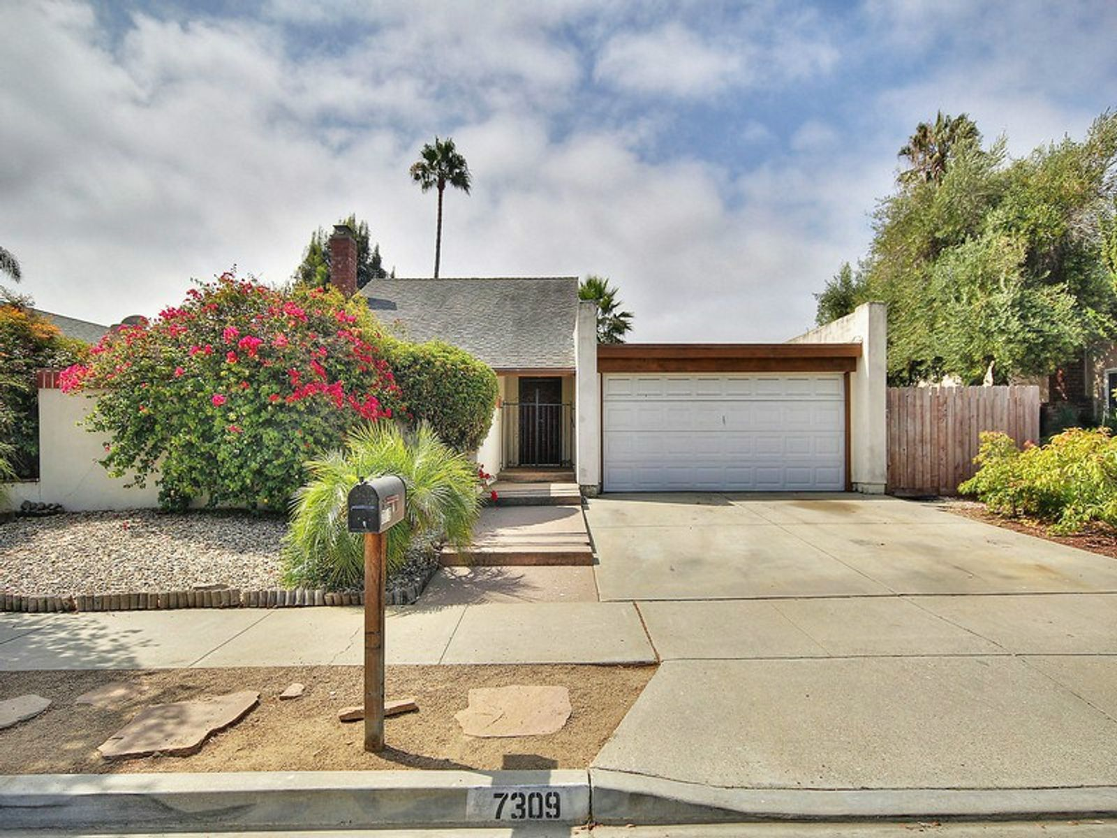 Charming Modern-Style Home, Goleta CA Single Family Home - Santa Barbara Real Estate