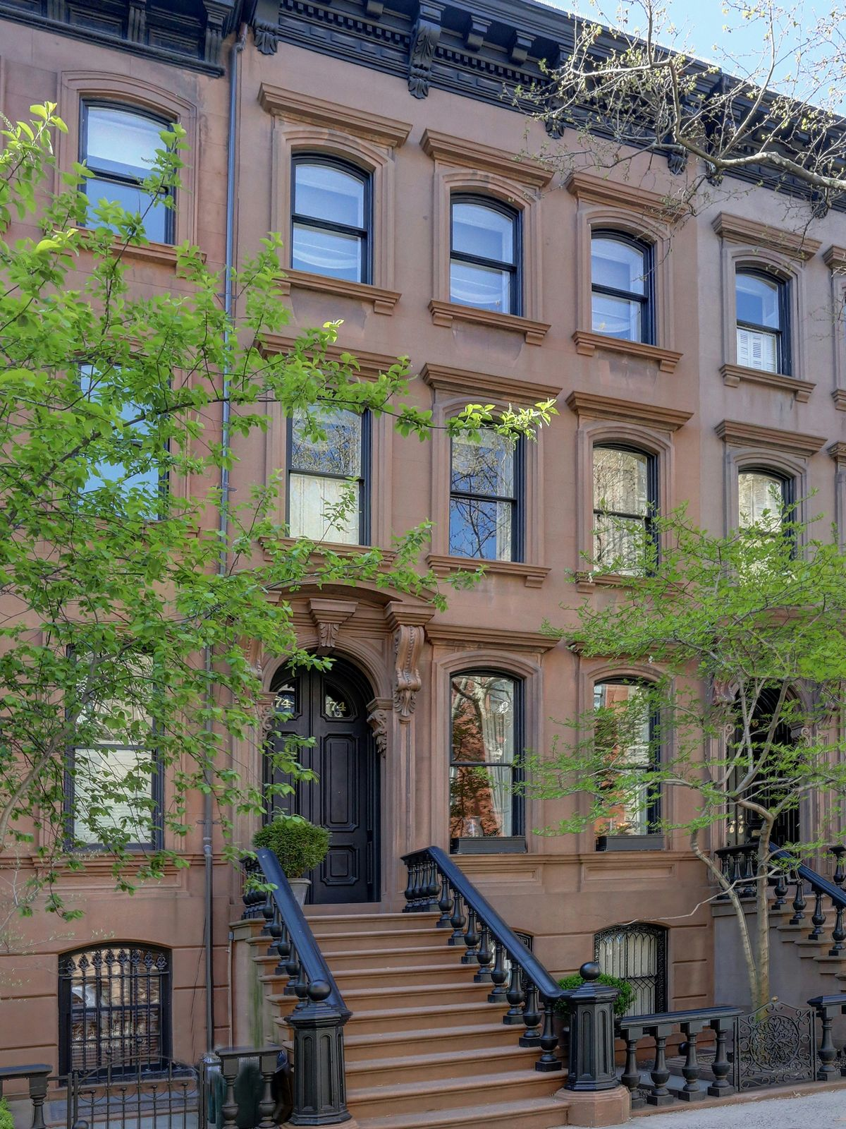 74 perry street new york ny townhouse new york city for New york luxury homes