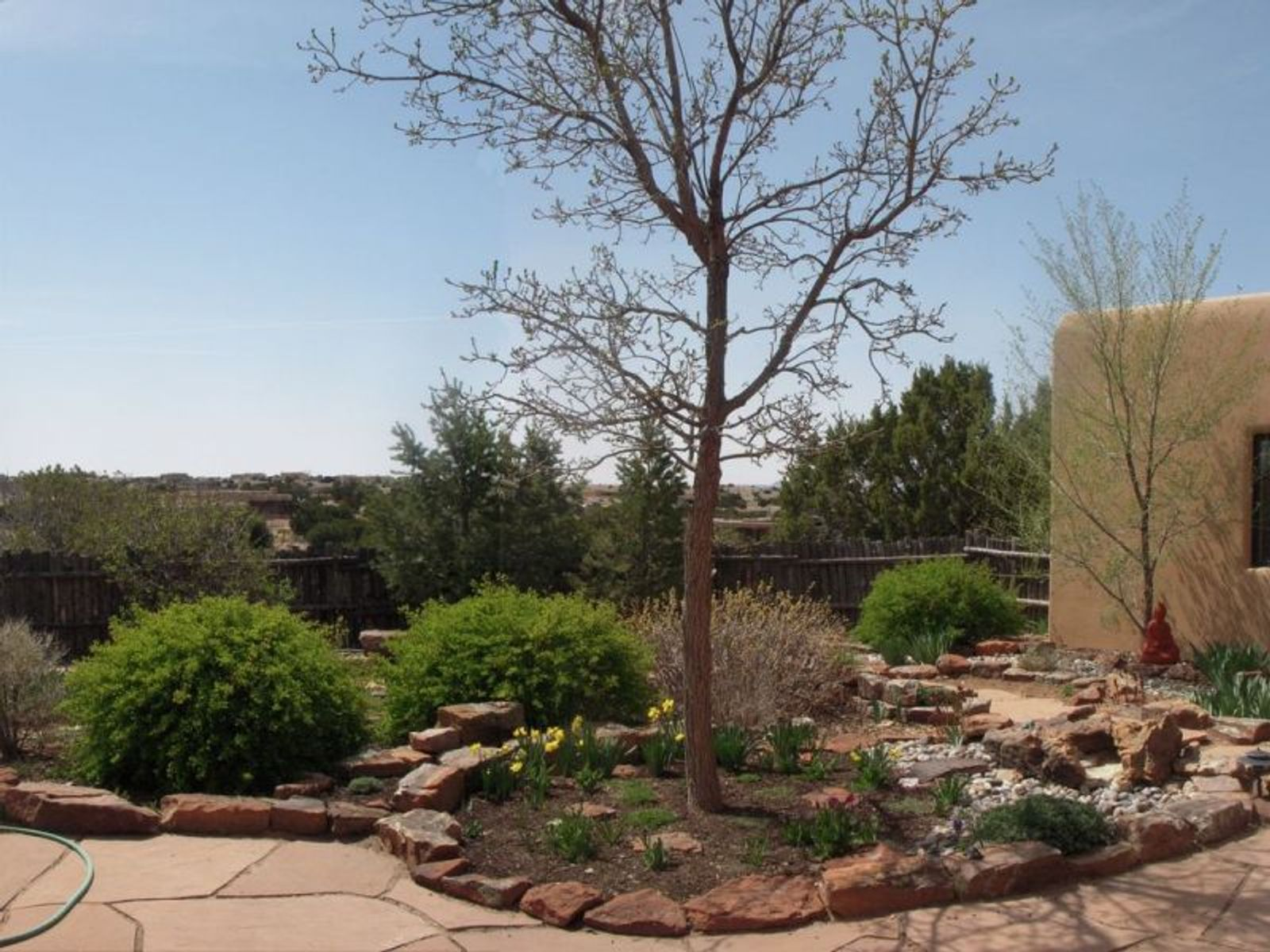 9 Tarro Road, Santa Fe NM Single Family Home - Santa Fe Real Estate