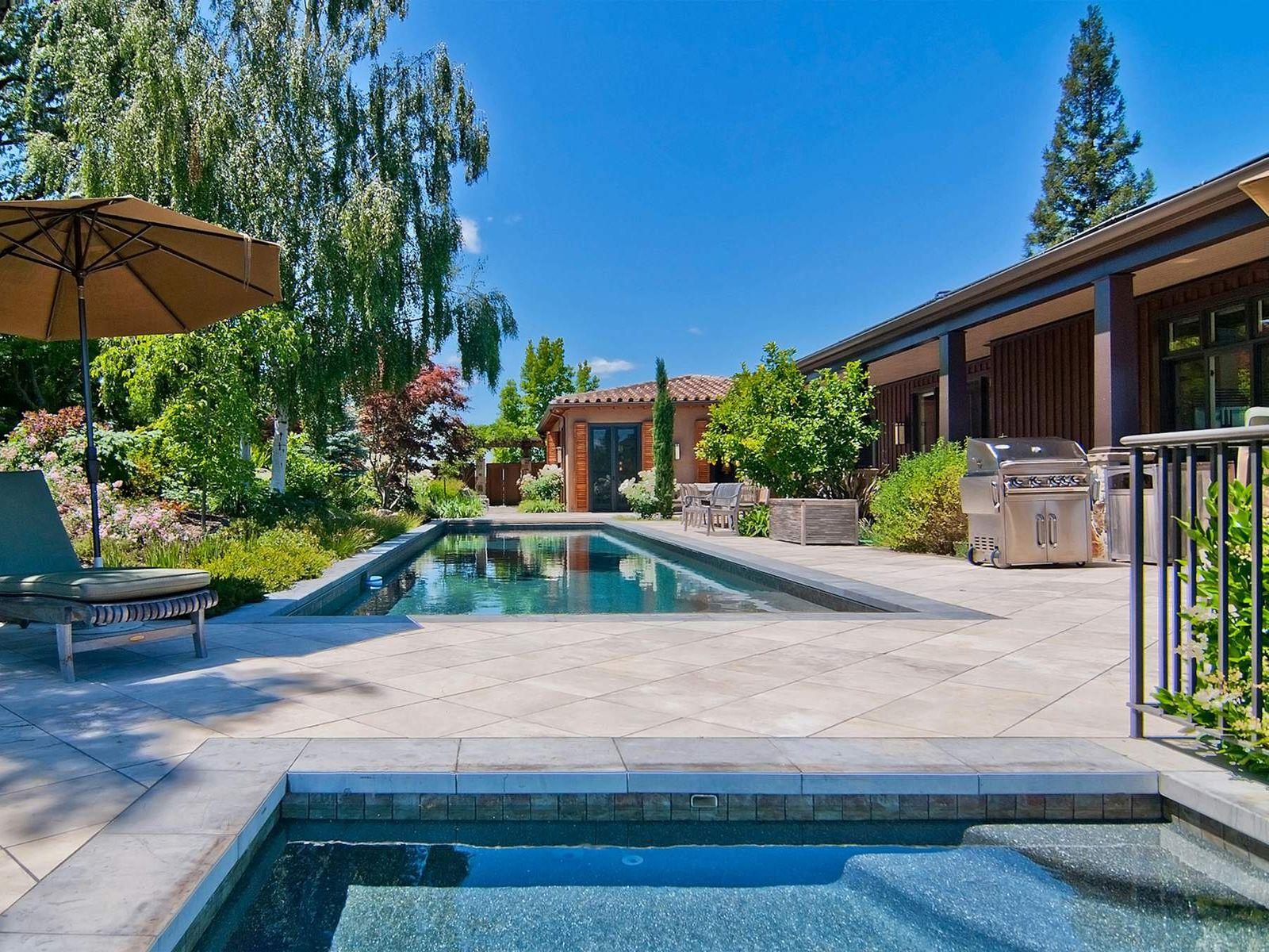 Exceptional Estate in Alexander Valley