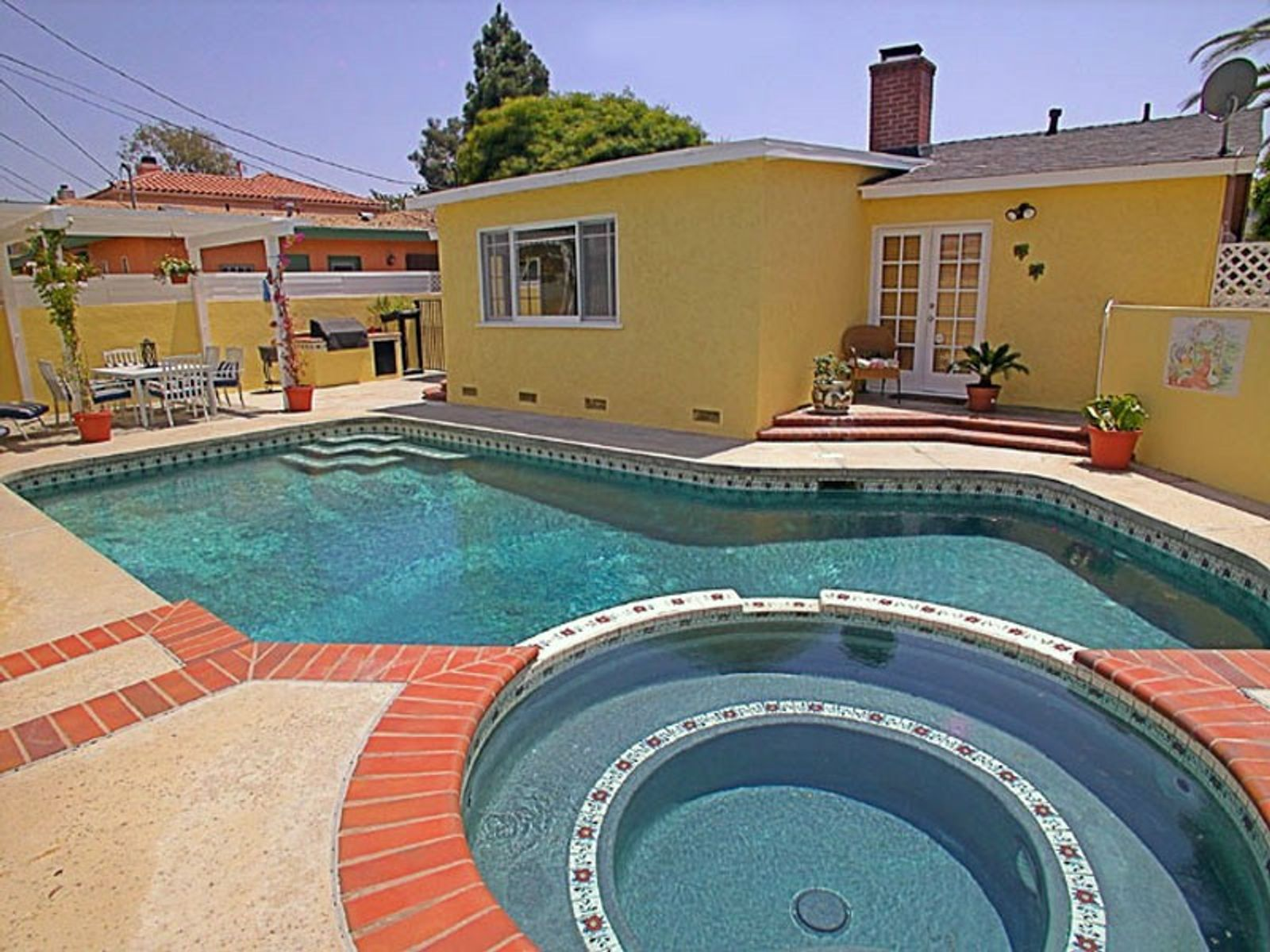 Westchester Home with Pool - Near Beach