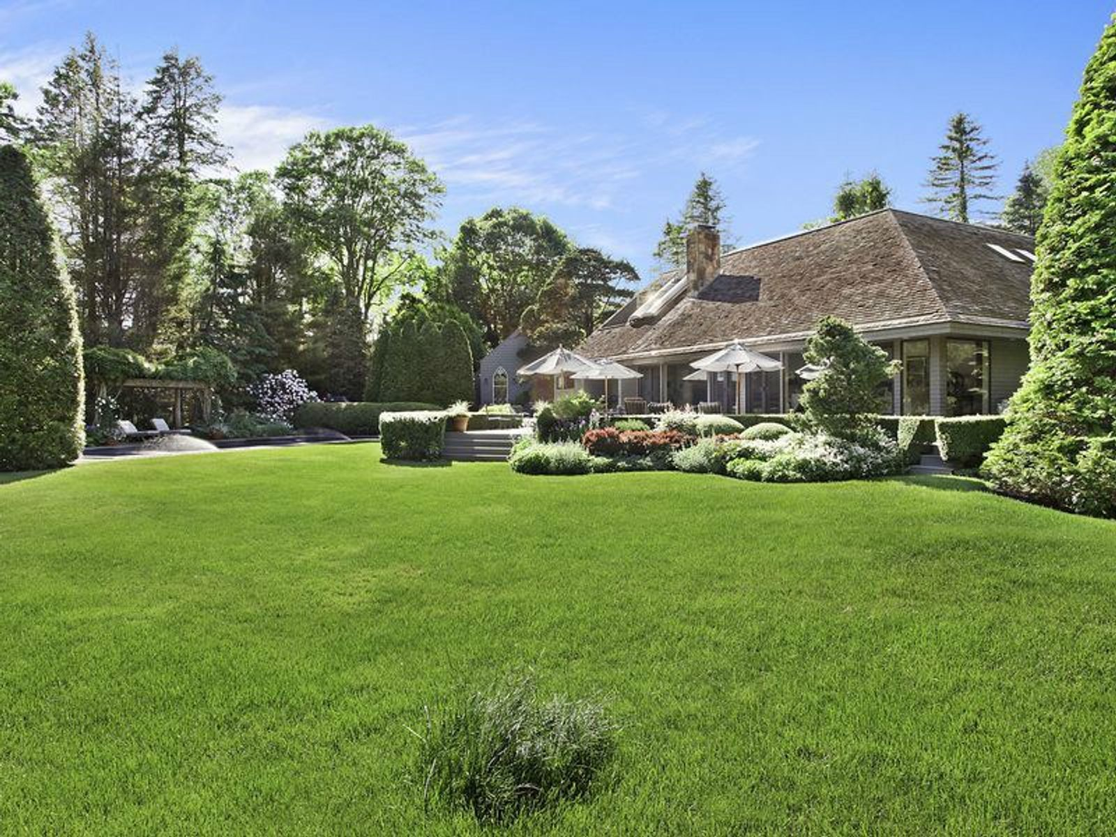 Georgica South of the Highway, East Hampton NY Single Family Home - Hamptons Real Estate