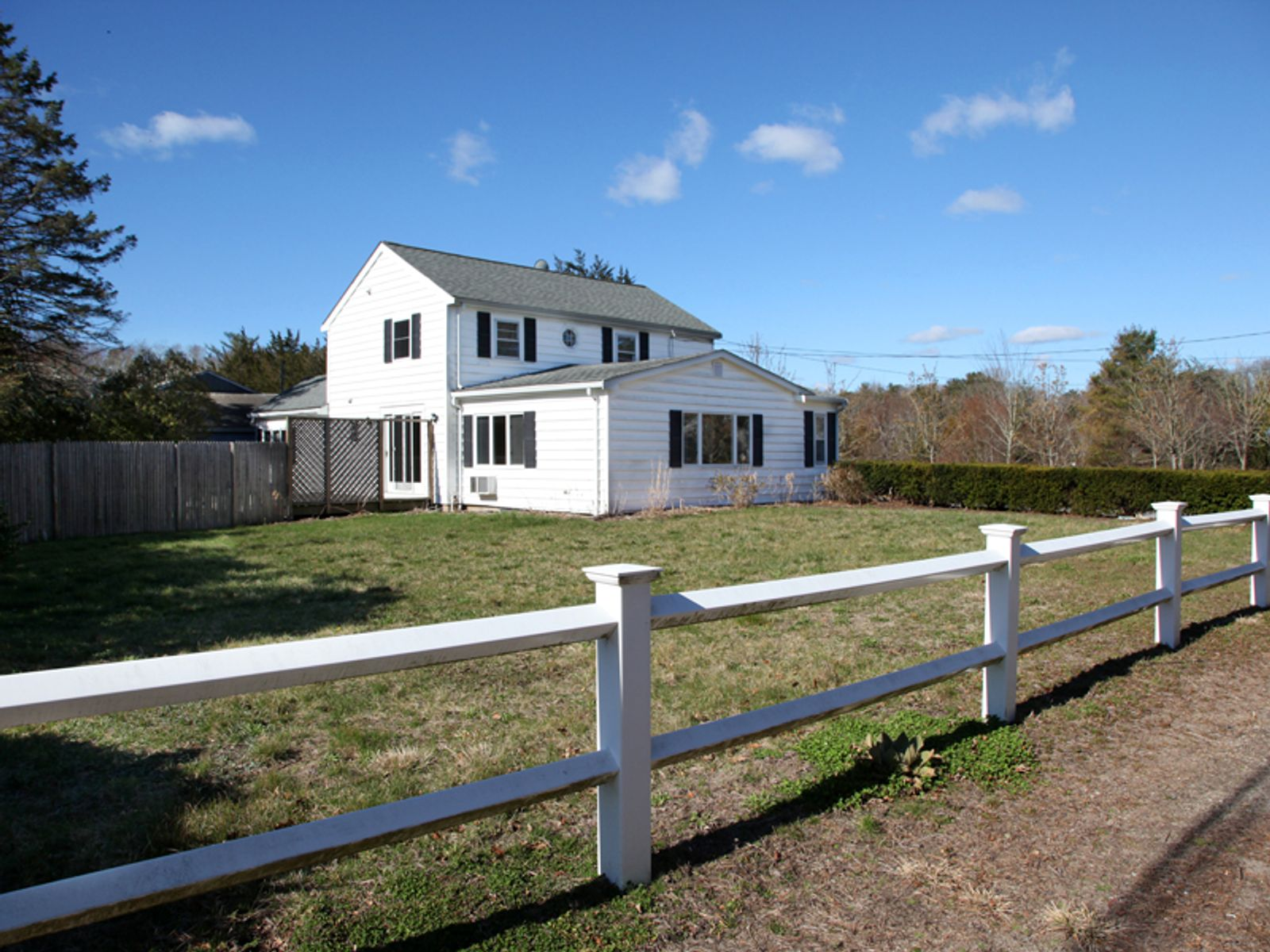 Spacious Opportunity, Osterville MA Single Family Home - Cape Cod Real Estate