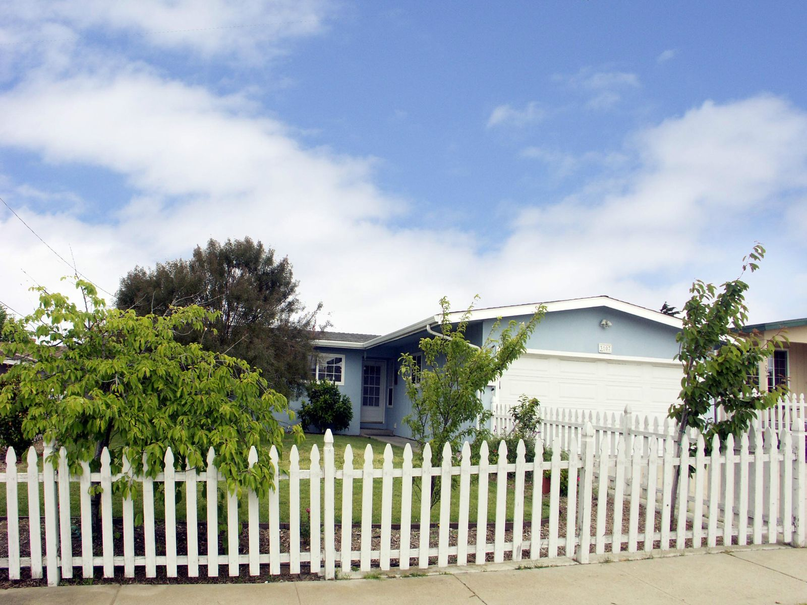 Marina Home is a Wow, Marina CA Single Family Home - Monterey Real Estate