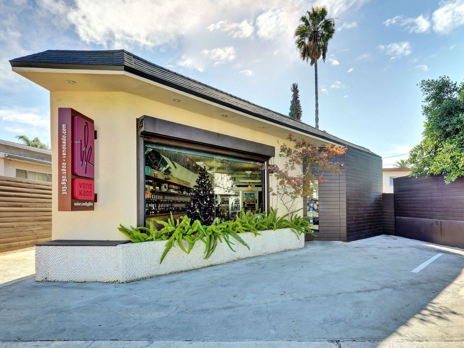 Great WeHo Location, West Hollywood CA Multiple Units - Los Angeles Real Estate