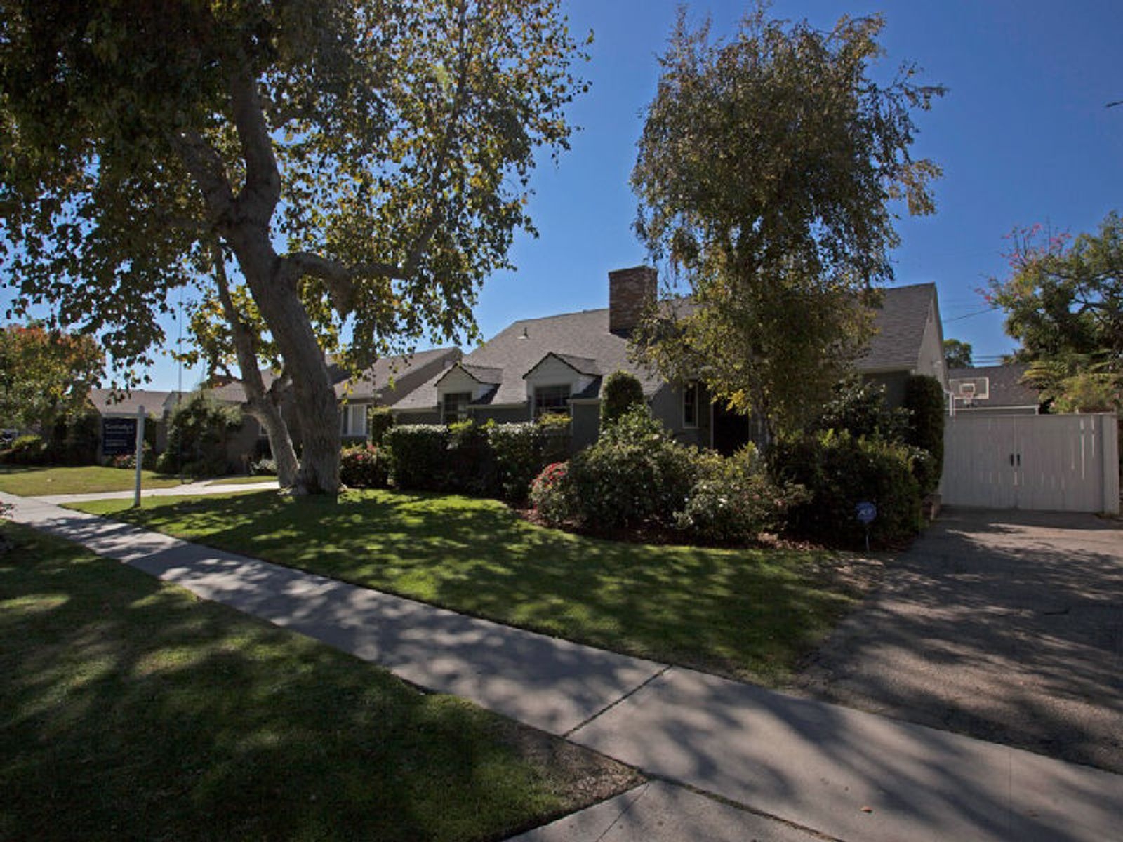Westdale Trousdale, Los Angeles CA Single Family Home - Los Angeles Real Estate
