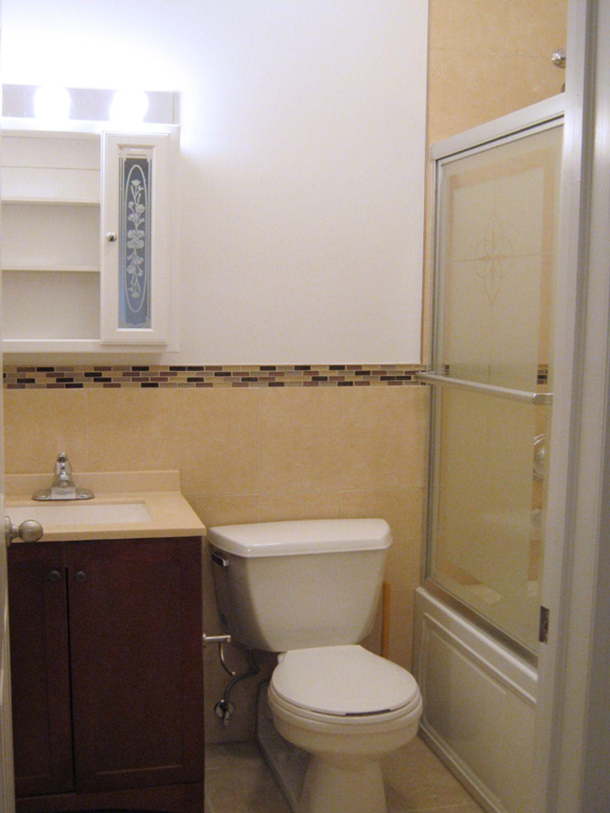 Spacious 3 Bedroom, 2 Bath