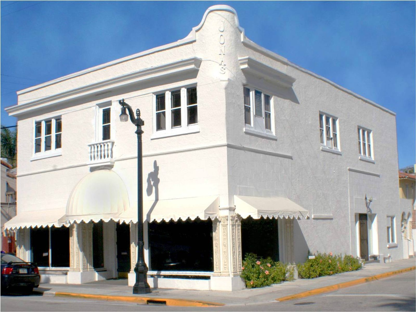 Rare Free-Standing Commercial Building, Palm Beach FL Commercial - Palm Beach Real Estate