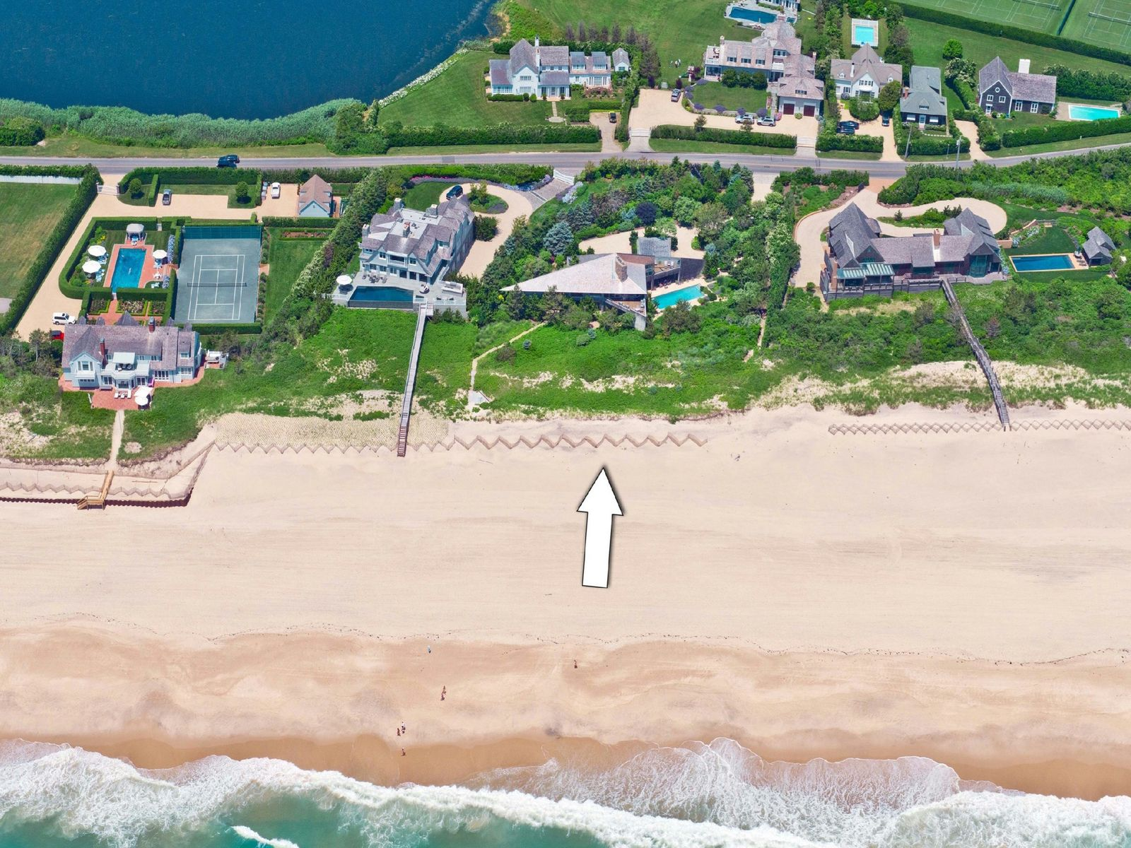 Oceanfront Southampton, Southampton NY Single Family Home - Hamptons Real Estate