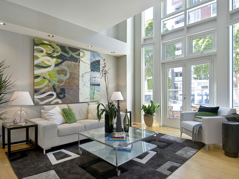 Dramatic South Beach Townhouse